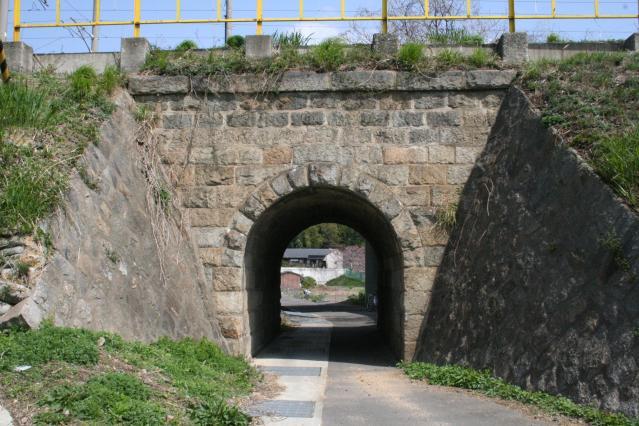 旧讃岐鉄道岩屋架道橋