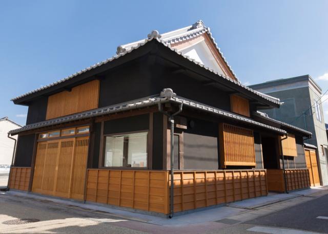 宇多津古街の家