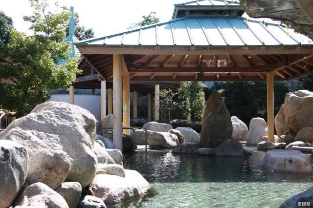 見奈良天然温泉利楽