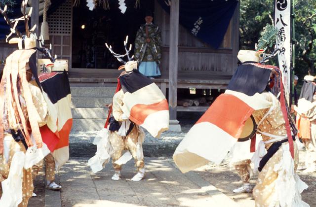 五ツ鹿踊り(西宇和郡伊方町三机)