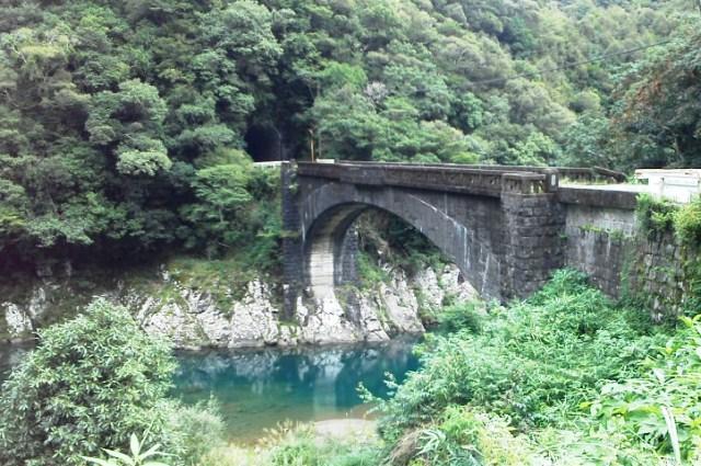純樸的前魚梁瀨森林鉄道護城河ka橋