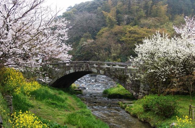 秋月の目鏡橋