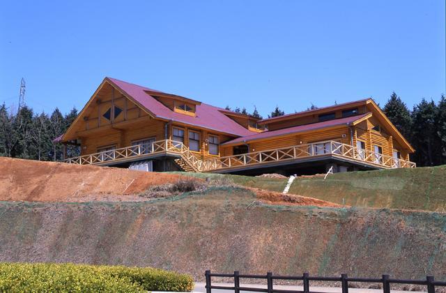 「山の駅」大手山2000年公園