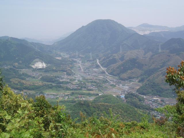 香春岳三ノ岳(採銅所方面)