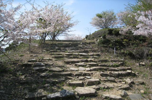 松山城跡(福岡県苅田町)