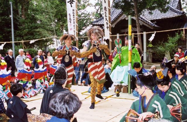 四阿屋神社的田舞