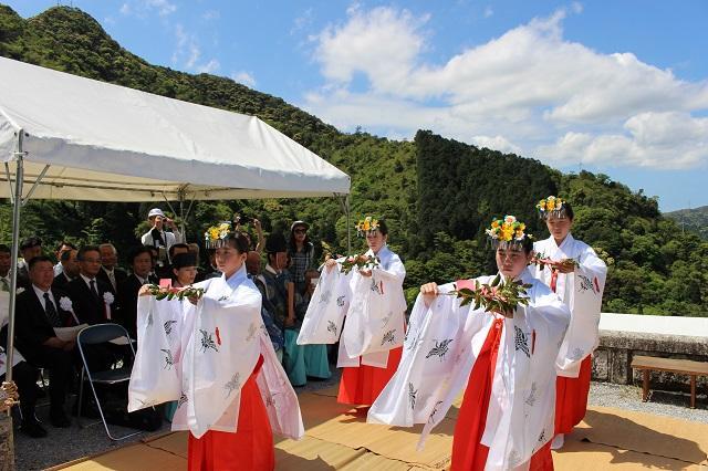 陶祖祭(佐賀県有田町)