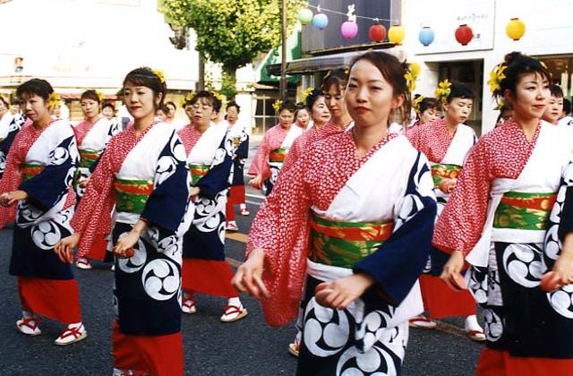 有田皿踊り