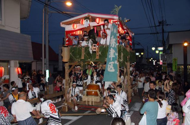 八坂神社夏まつり(秀津祇園)