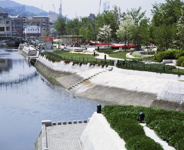 長崎在水邊的森公園