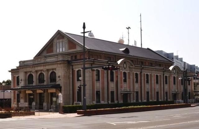 市民文化ホール(旧佐世保鎮守府凱旋記念館)