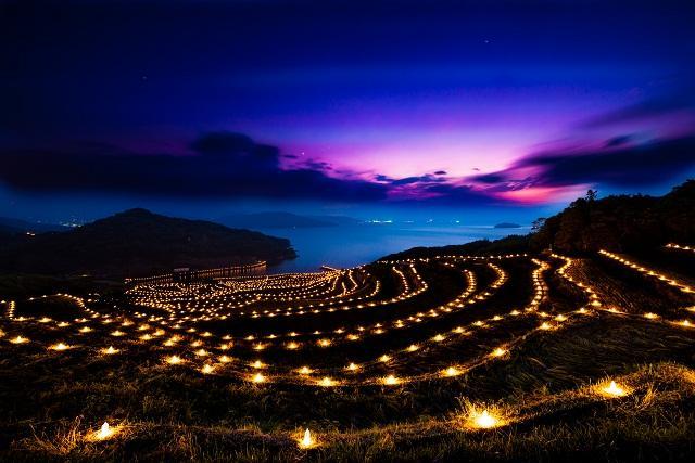 土谷棚田の火祭り