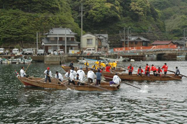和船競漕(せいぐろ)