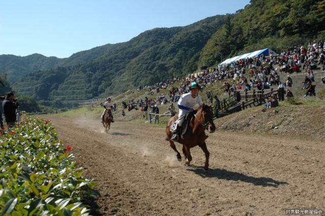 初午祭(馬とばせ)