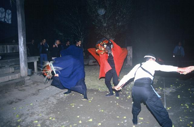 出田の獅子舞