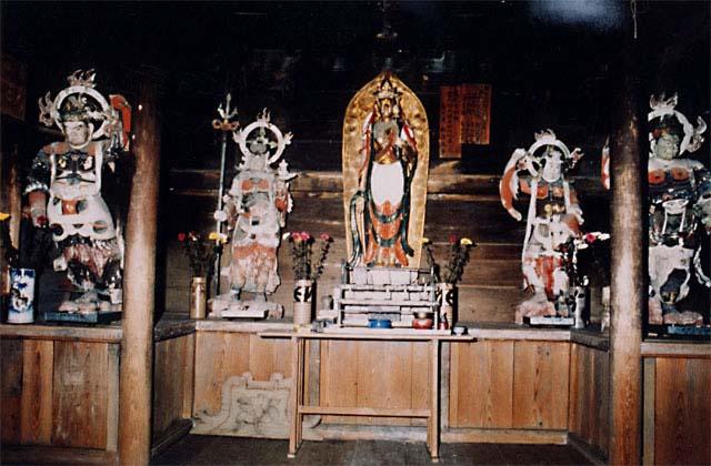 木造観世音菩薩立像及び四天王像