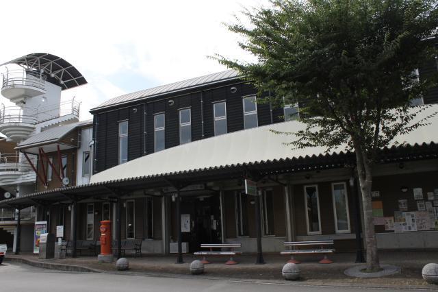 あさぎり町商工コミュニティセンター(通称:ポッポー館)