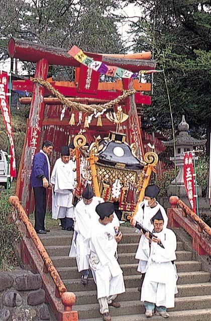 萩尾稲荷神社大祭
