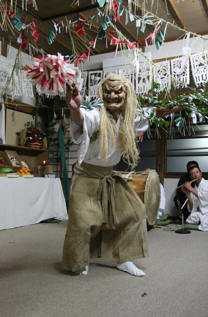 天岩戶晚上的古典舞樂第33個親王開節