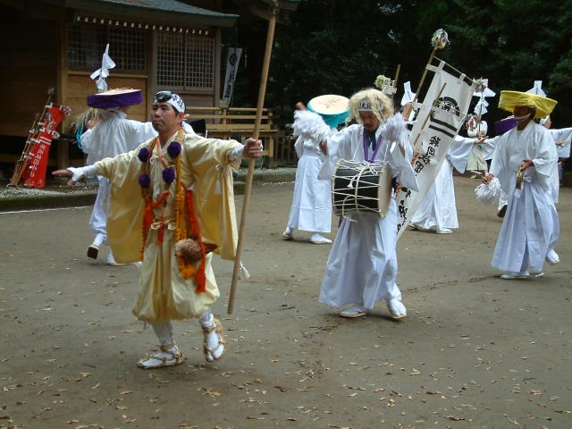 臼太鼓踊り