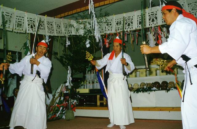 三ヶ所神社神楽