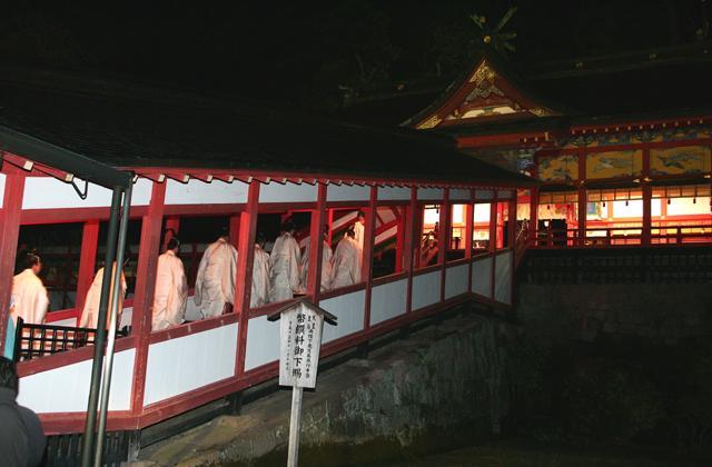 霧島神宮除夜祭歳旦祭