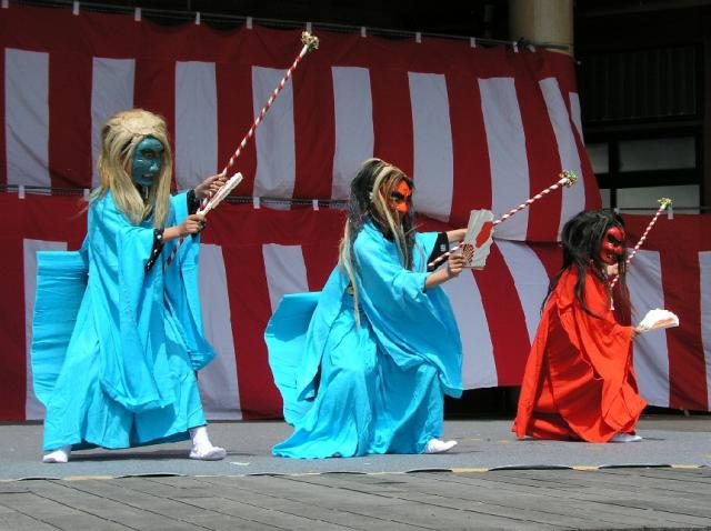 照日神社春祭り