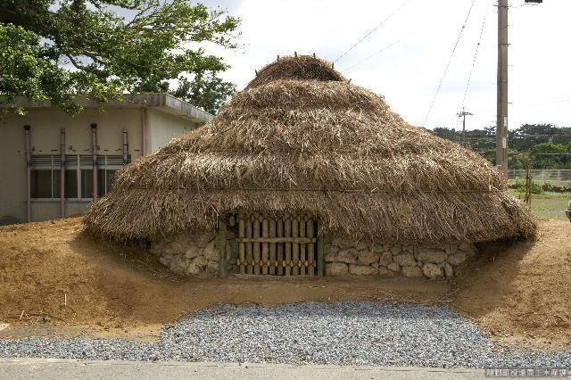 ウフタ遺跡復元住居