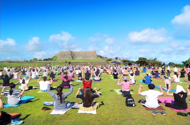 Castle yoga online