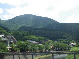 温海岳(あつみ温泉より)