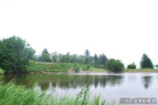 鏡沼(山形県川西町)