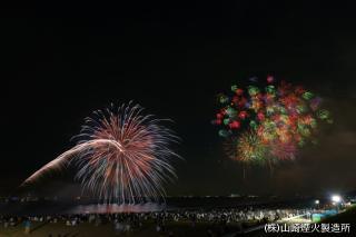幕張ビーチ花火フェスタ(千葉市民花火大会)