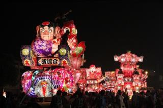 庄川観光祭(花火大会・夜高行燈街練)