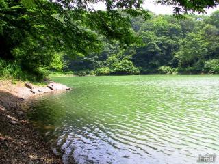 浅生の釜池