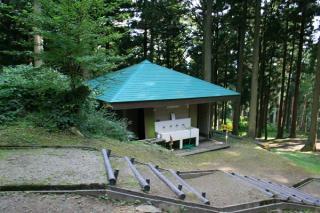 尾花露營地