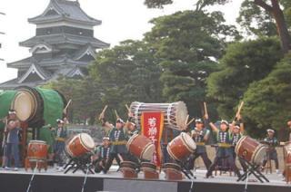 【開催中止】第33回 国宝松本城太鼓まつり