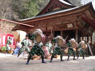【開催中止】鹿教湯文殊堂春祭り