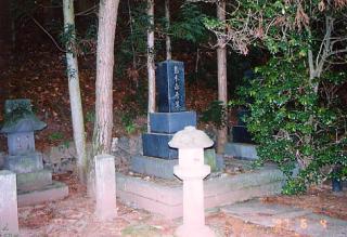 島木赤彦の墓