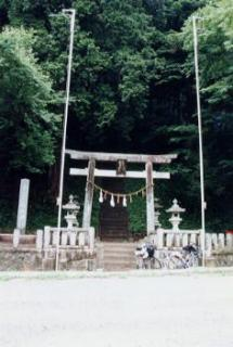 白山神社(長野県大桑村)