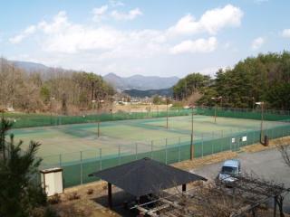 やすらぎテニスコート