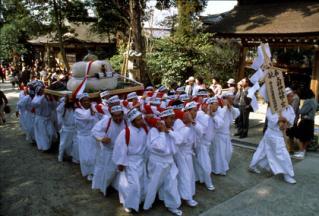 Harvest Festival, Hime no Miya Oagata Shrine