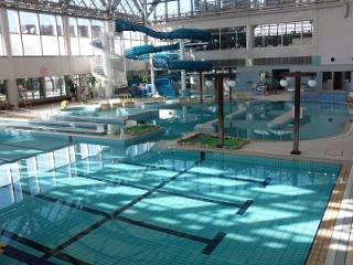 飛島村温水プール