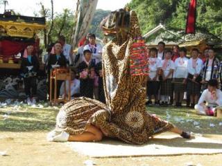 阿戸の獅子舞