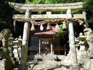 紅野豬岩石神社