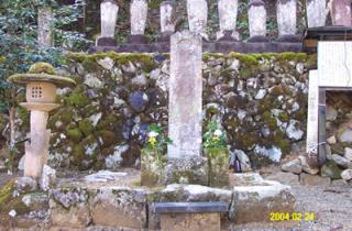 坂崎出羽守の墓