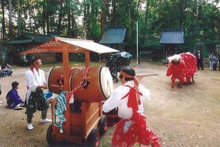 宗形神社奉納獅子舞