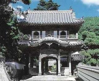 西圓寺 本堂・山門