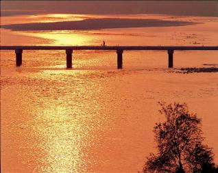 吉野川の潜水橋(脇町)