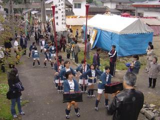 嵐山・桜ヶ岡瀧神社 秋季例大祭 滝の市