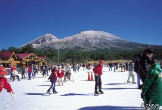 えびの高原アイススケート場